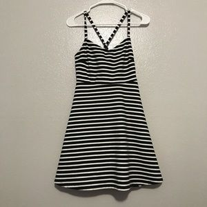Old Navy Black & White Striped Cross Back Dress